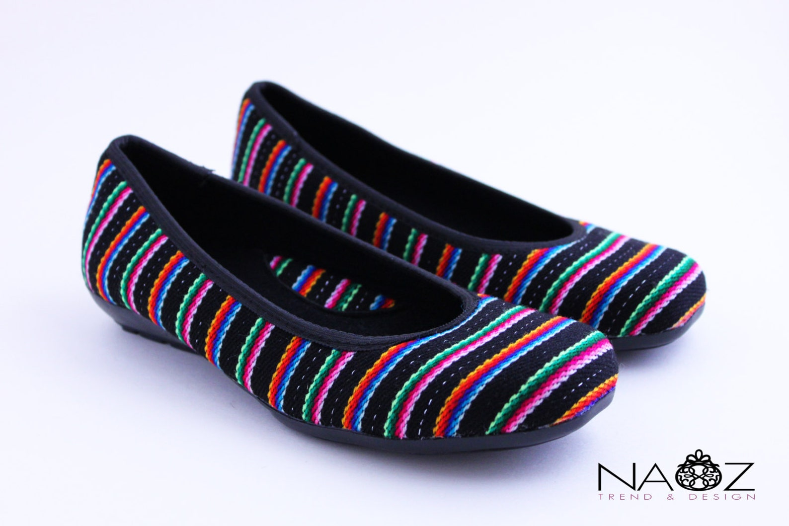 size 5 boho chic flats / ballet flats shoes. the last one!