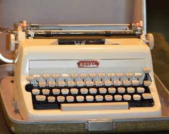 Royal Quiet Deluxe Typewriter, Off White