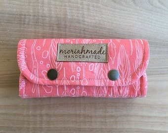 Essential Oil Clutch/ Travel Case/ Coral Feathers