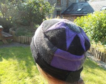 Purple star woolly winter hat
