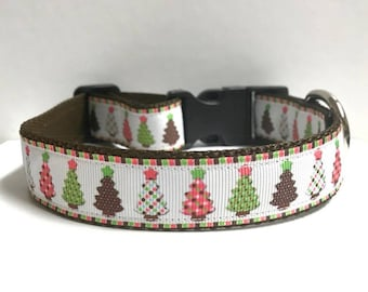 "1"" Christmas Tree with Dots Collar"