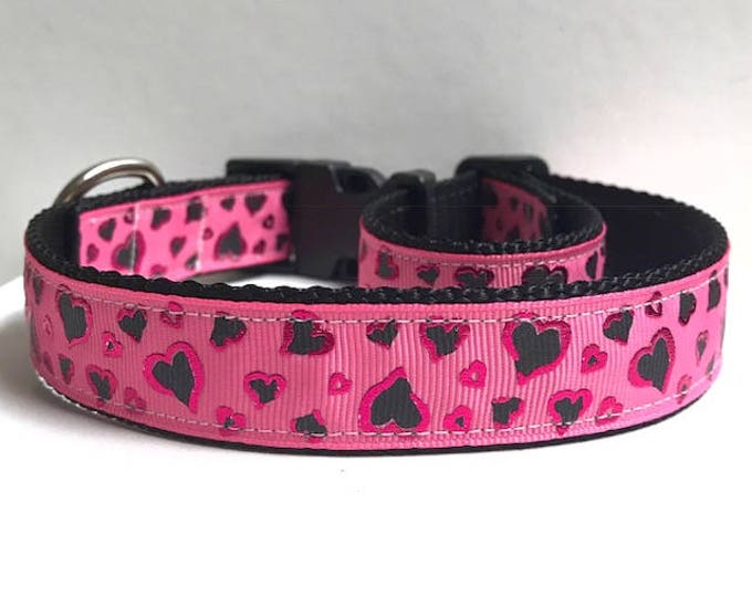 "1"" Pink Foil Hearts Collar"