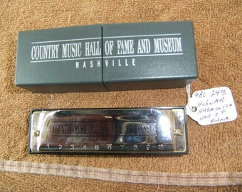 Vintage Hohner Harmonica - Nashville Country Music Hall of Fame - New in Box  Souvenir