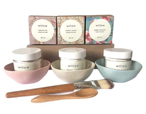 Face Mask with Bowl, Brush and Spoon