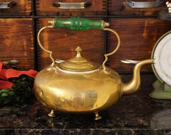 Vintage style antique gold old fashioned kettle pot necklace