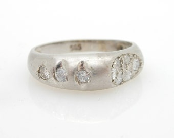 Solid 14K White Gold 0.20cttw Round Cubic Zirconia Band Ring-Sz 4.5; sku # 3545
