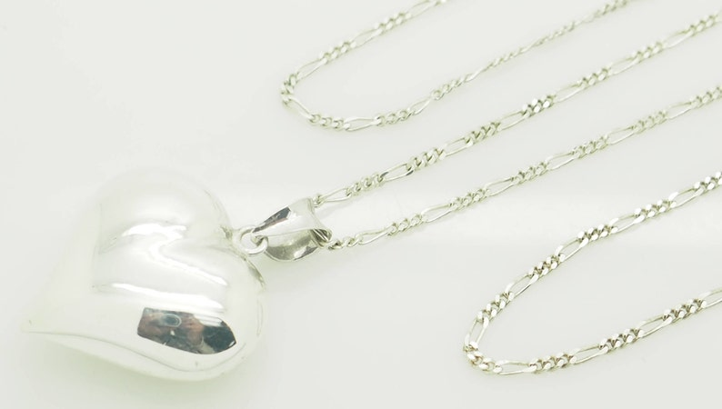 NF Solid Sterling Silver925 Puffy Heart Dangle Pendant with Silver Figaro Link Necklace-30; sku # 4888