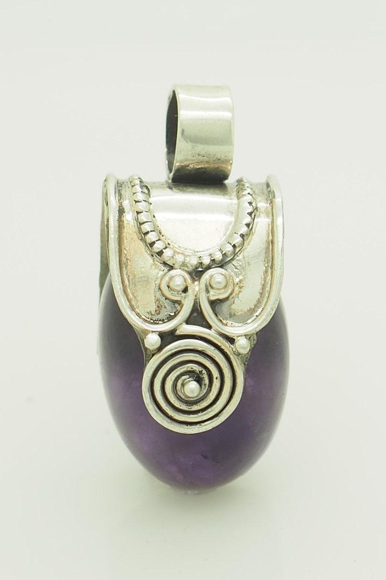 Vintage Sterling Silver925 Large Oval Natural Amethyst Pendant; # 5722