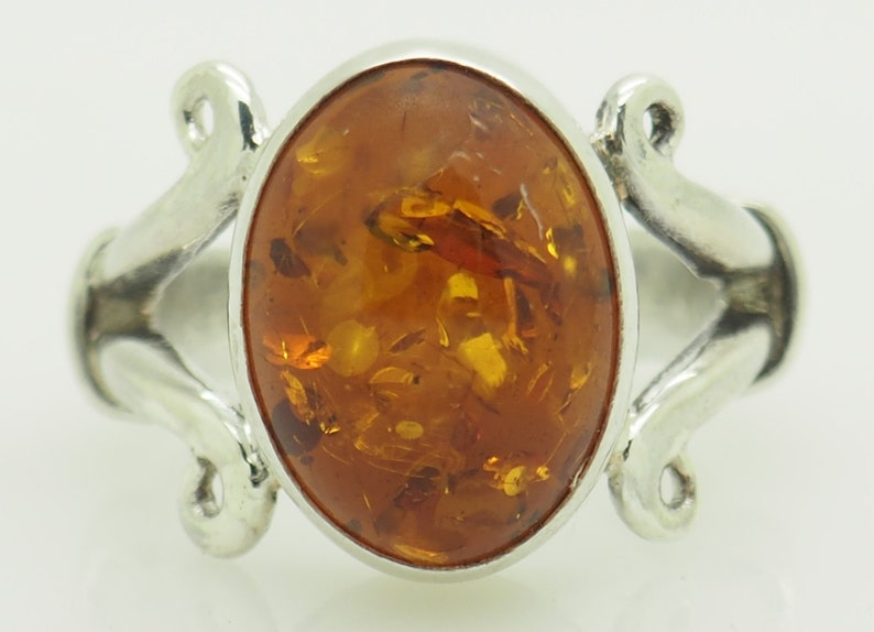 ac46e35ea219c Solid Vintage Sterling Silver/925 Oval Baltic Amber Cocktail Ring 5.25; sku  # 5389