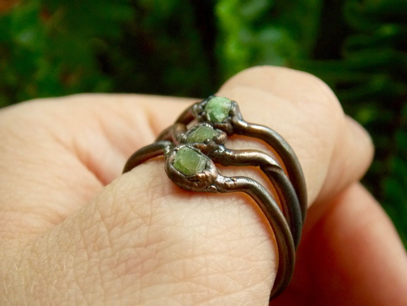 Hippie Bohemian Simple Jewelry Stacking Boho Ring Copper Electroformed Demantoid Garnet Raw Crystal Rings Engagement Promise Ring