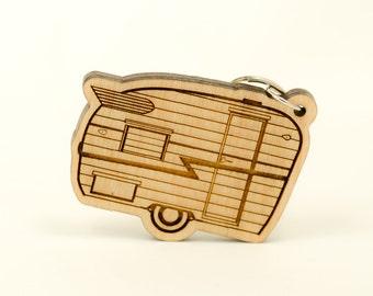 Shasta Compact Trailer Keychain - Shasta Camper Carved Wood Key Ring - Shasta Wooden Engraved Charm - Vintage Camper Trailer - RV Keyring