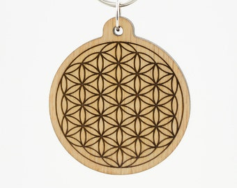 Flower of Life Charm Keychain - Flower of Life Carved Wood Key Ring - Geometric Wooden Engraved Charm - Sacred Geometry Engraved Keyring
