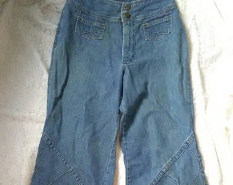 16e08eca741 Vintage 70 s Distressed Wrangler Blue Jeans Flared Bell Bottoms 25   26 S    XS Cotton Denim High Rise