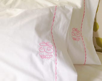 Monogram Queen Sheet Set  with Custom Embroidered Border / Monogram Bedding / Wedding Gift