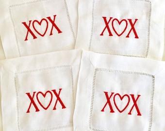 Valentine Cocktail Napkins / Heart napkin / Valentines Gift / Monogram Gift - Set of 4