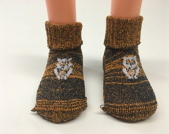 1 Pair - Size 9 to 12 months - Fairy Tail inspired  baby socks - Woodland Owl - Made in California, USA - Breen black - Royal Accent
