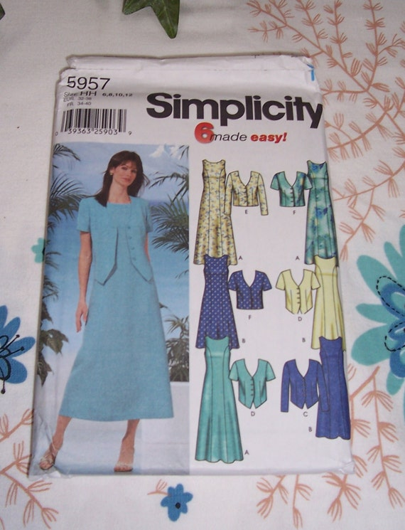 Bust 32 12 140 Size UNCUT 70/'s Vogue Very Easy Misses Dress and Jacket Sewing Pattern 8374