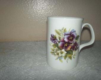 Porcelain Coffee / Tea Mug