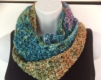 Crochet Scarf, Chunky Scarf, Wool Blend Scarf, Infinity Scarf, Neckwarmer, Cowl