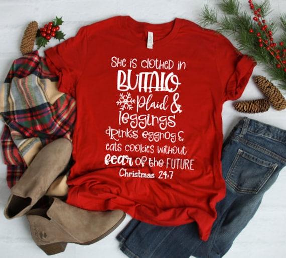 f18527edc5 She is clothed in plaid Christmas shirt Buffalo plaid