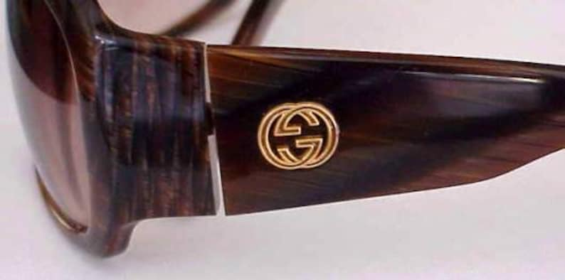 7f101d4e4a8f4 Magnificent Gucci Wrap Around Sunglasses with Large Antique