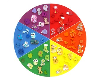 color sorting fabric circle - classification of primary and secondary colors - color sorting set - montessori color box objects
