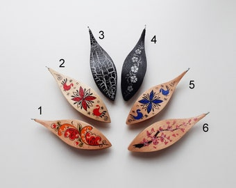 Tatting shuttle rosewood with inlay and 0.75 hook