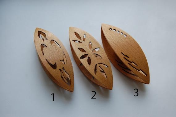 Hand Made Wooden Beanile Tatting Shuttle in Assortiment