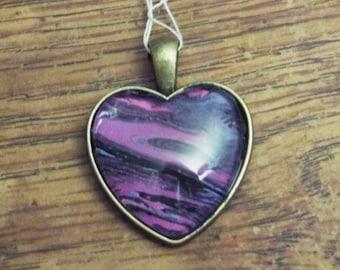 25mm Heart Acrylic Pour Skin Pendant