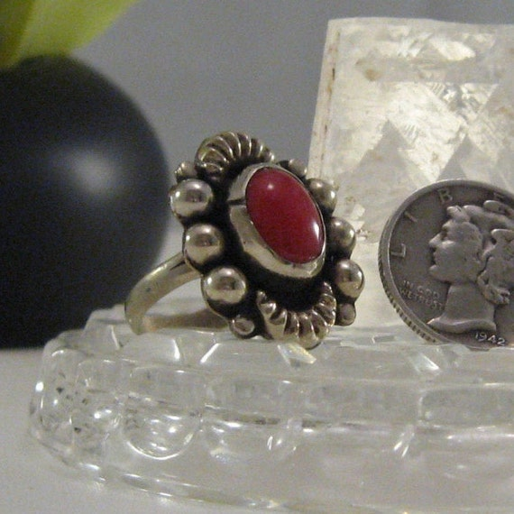 ON SALE Ring Vintage Old Mexico Mexican Alpaca Red Oval Ring Size 6