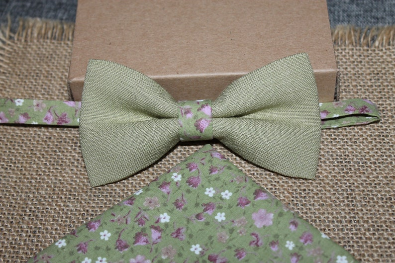 Custom Mens Brown Floral Bow Tie//Handkerchief Handmade Pre-tied Adjustable