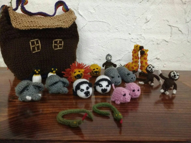 Handmade knitted child safe Noah's Ark with nine different image 0