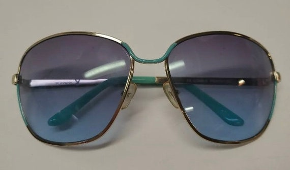 1970s Vintage Playboy Blue Sunglasses Rare 1970s F