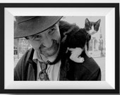 Turkish shoulder cats | Cat Photo | Photo of Cat | Picture of Cat | Wall Art | Home Decor | Homeless Man Photo | Realistic Photography | Art