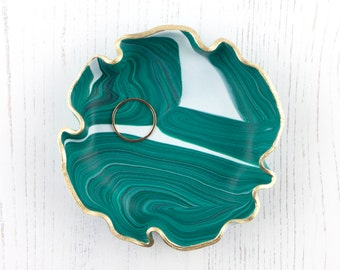 Green Marbled Trinket Dish, Handmade Ring Dish, Geode Effect Jewellery Dish, Jewellery Storage Gift, Ring Holder, Boho Ring Dish