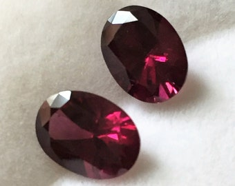 2 Genuine Extra Fine Raspberry Garnet, Oval  Cut Loose Gemstones, 9 X 6.60 mm, 3.88 carats