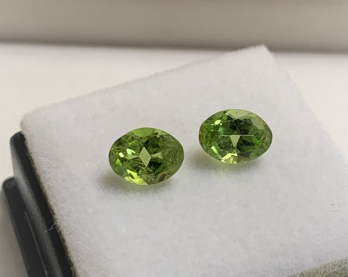 Pair of Natural African Green Perifot Loose Gemstone, Oval Cut 8X6 mm, High Grade  2.50 Carats.
