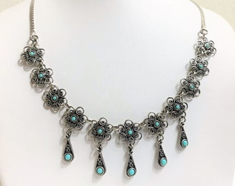 """Sterling Silver and Turquoise Southwestern Hand Crafted Necklace, Beautiful Statement, 17"""" long, 13.70 Grams. Vintage"""
