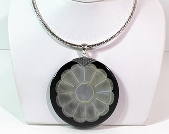 """Sterling Silver Round Twisted Diamond Cut 18"""" Omega Necklace W/ Large 2.6"""" Black Onyx & Inlay Carved Mother of Pearl. 42.7 Grams. Stunning."""