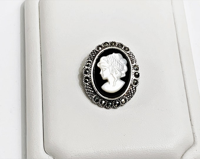 Vintage Sterling Cameo Marcasite Brooch. Black Onyx & Mother of Pearl, 25 X 20 mm, Elegant Little Brooch, Refinished.