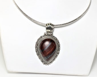 """Tiger Iron Gemstone Large Slide with 16"""" Round Omega Chain. Hand Made Ornate Setting. Pear Shape 30 X 21 mm, Slide 4.25"""" L. Healing Power."""