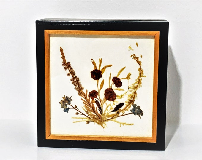 """Collectible Reuge Swiss Music Box 'I'd Like To Teach The World to Sing', Natural Dried Flowers Display on Lid, West Germany., 4.75"""" Sq. ,"""