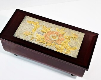 """Vintage Sankyo Japan Musical Jewelry-Trinket Box, """"A Maiden's Prayer"""", Glossy Burgundy & Etched Plate, Mirror, 7"""" W, 3.5"""" D.Free US Shipping"""