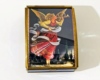 """Vintage Sankyo Japan Music Box, Glass & Brass Structure, Hologram Angel on Lid. Plays """"The Herald Angels Sing"""" Original Tags. 5.25"""" L. 4"""" W."""