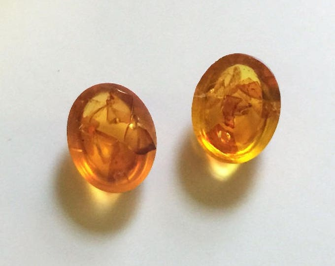 2 Oval Cabochon Baltic Honey Amber, Excellent Colors, Polished and Ready to Set, 17X12 mm (Approx.). Poland