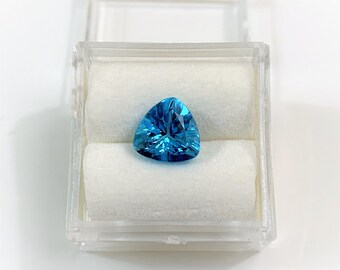 Swiss Blue Topaz, 2.30 Carats, Deep Blue, Trillion Cut 8 X 8 X 5.50 mm Loose Gemstone, VVS Grade. Vivid Stone
