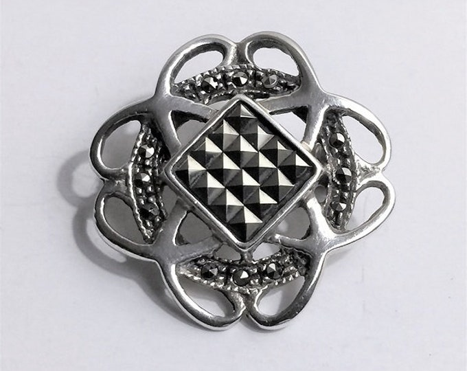 """Vintage Sterling Silver Marcasite Brooch/Pendant, Vintage Elegance, 1"""" long X 1"""" wide"""