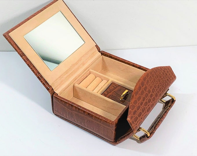 """Small Travel Jewelry & Valuables Purse, Croc Grain Leatherette, Mirror, Padded Sections, Snap Lock. 5"""" W. 4"""" L 2"""" D. Free US Shipping. Nice"""