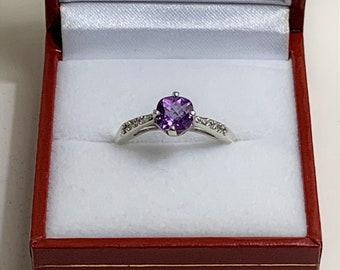 Sterling Silver and Purple Amethyst Gemstone Ring, Cushion Cut Amethyst 6mm .85 Carat. Side Round CZ Accents, Size 7, Beautiful Ring.