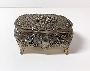 """Vintage-Antique Silver Clad Small Treasure Box , 3D Patterns & Roses , Red Velvet, 4"""" Wide, 2 1/4"""" High, Japan. Free US Shipping."""